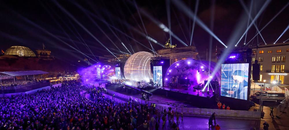 Germany Celebrates Unification Anniversary with Elation Lighting