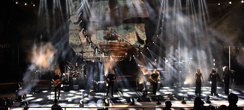 Elation helps recreate iconic Pink Floyd looks on Brit Floyd World Tour 2021