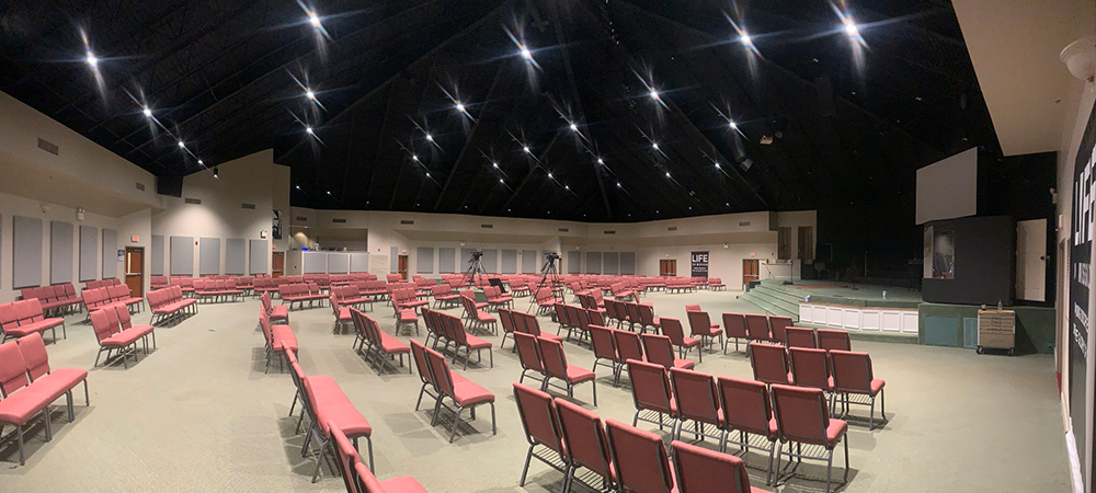 Elation house lighting solution gives Tennessee church a fresh new look