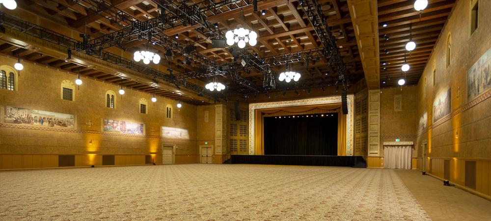Historic Ballroom at Portland Art Museum upgrades with Fuze Pendants and NETRON data distribution