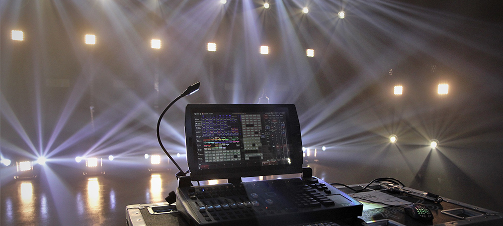Squeek Lights redesigns Ruby Stage with Elation for on-camera impact