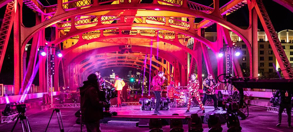 Elation lights for PPV concert on historic Sacramento Bridge