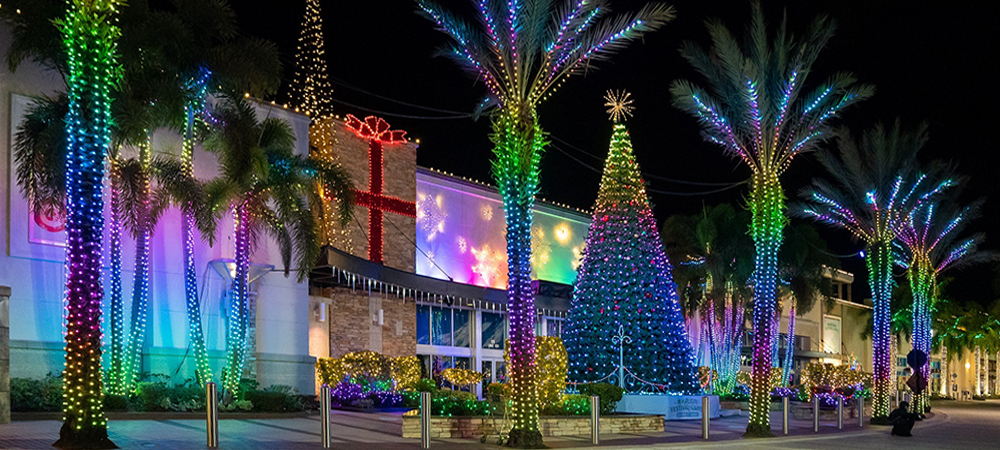 Spectacular Christmas light show at Florida shopping mall under Obsidian control